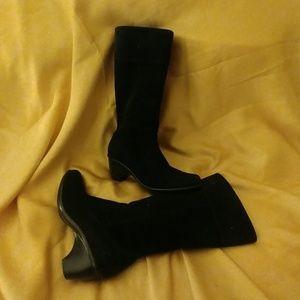 Dansko black suede boots size 39